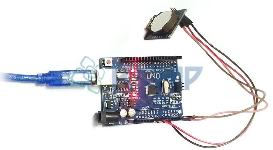 Przegląd zegara czasu rzeczywistego RTC DS1307 i połączenie